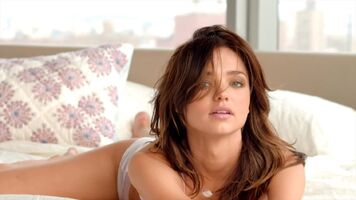 I remember Miranda Kerr was my one of my celebs faves to jerk off to...good times
